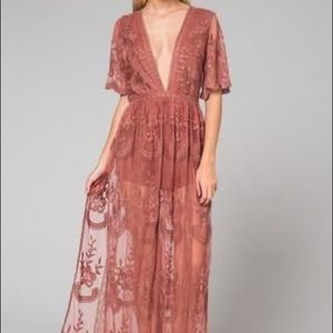 Lace maxi dress by Honey Punch (mauve)